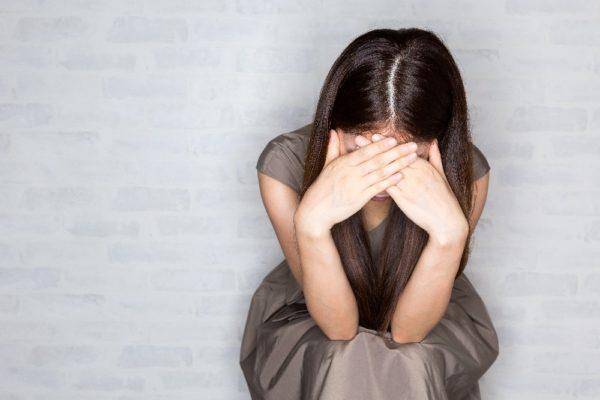 昨年夫に浮気がバレて、夫に泣いて謝った。再構築を土下座してお願いし続けて離婚は保留になったけど一切口をきいてくない。もう限界